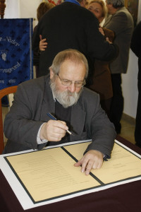 Alapítás, diófa ültetés 2009.11.14. (10)