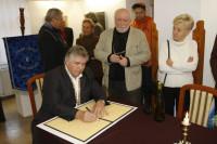 Alapítás, diófa ültetés 2009.11.14. (11)