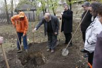 Alapítás, diófa ültetés 2009.11.14. (38)